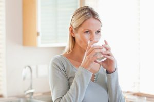 pentingnya-minum-air-putih